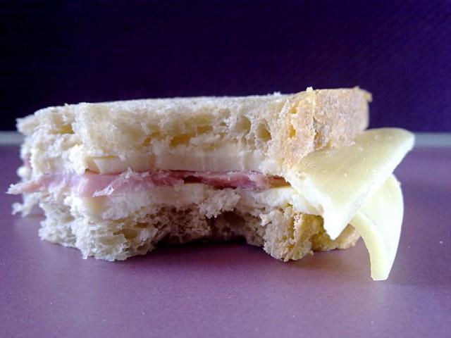 Le sandwich Poilâne de la SNCF, c'est de la merde